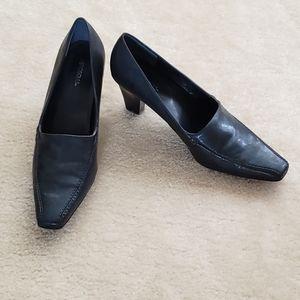 Aerosoles Navy dress shoe